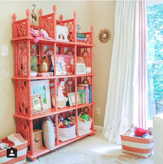 Love this vintage shelving!!!