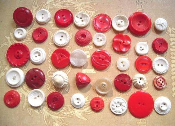 ハンドメイド アメリカ ヴィンテージボタンホワイト×レッド40個 Handmade button ¥1000円 〆03月21日