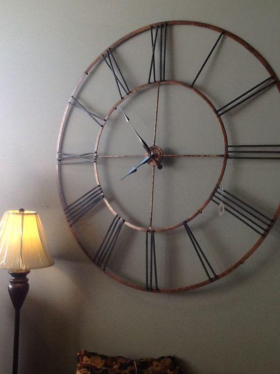 Huge wall clock