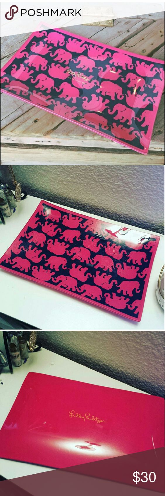 Lilly Pulitzer Elephant Tray Like new. Large glass tray. Perfect for jewelry, lotions, ect. Makes darling decor for any lilly lover. Lilly Pulitzer Accessories