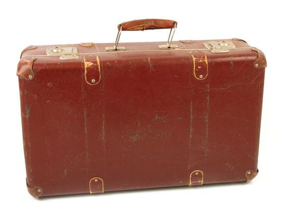 I hate when people have cheap suitcases | Catcher in the Rye ...