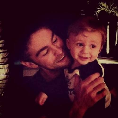 JLT | Chace with his nephew  ahhhhhhh cuteness overload!!!!!