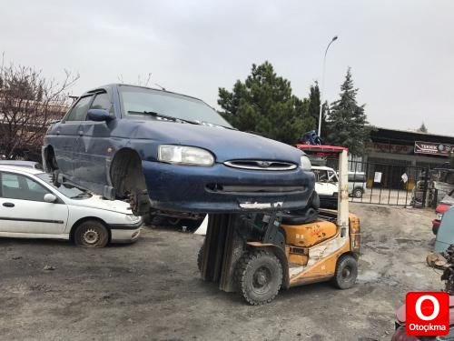 Hurda Belgeli Otomobiller Panosundaki Pin