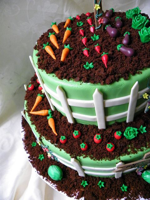 Very cute Garden Birthday cake by Wild Orchid Baking Co., via Flickr. Looks fairly simple--a good cake for a beginning cake decorator!:
