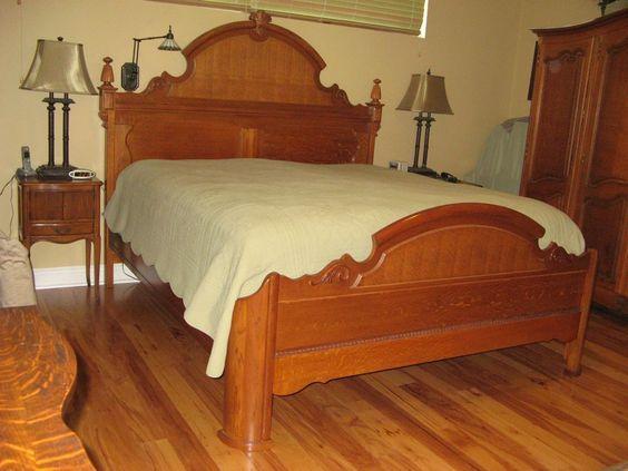 King Size Victorian Sampler Bed Oak
