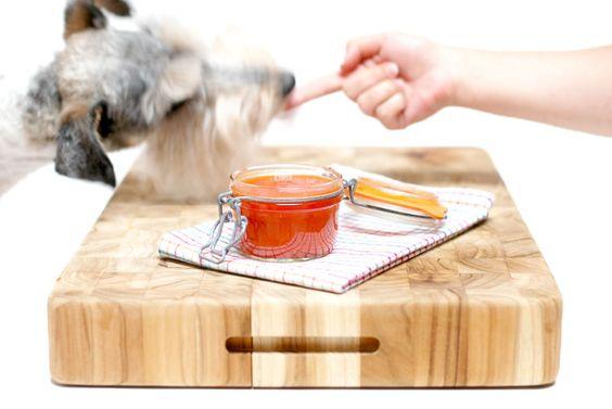 Una de las salsas más conocidas del mundo, el Kepchup junto con la Coca Cola son más famosos que cualquier otra cosa. Hoy la hacemos en casa y con la Thermomix.