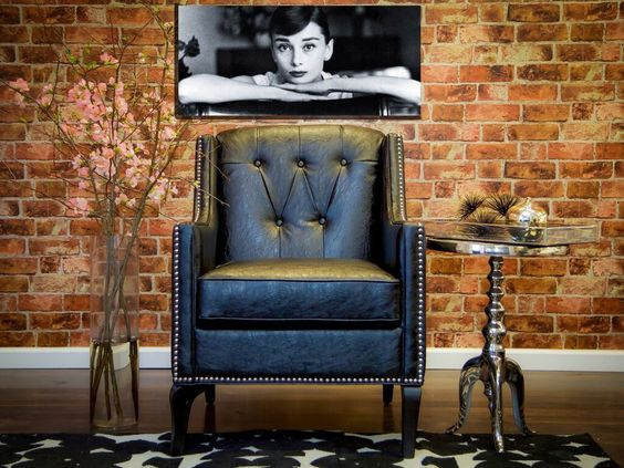 Roxbury Leather Club ChairThe luxurious Roxbury antique black leather chair is a stylish and comfortable addition to any space.  Accent Chair For $797