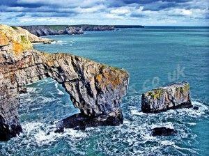 Pembrokeshire Coast.The Green Bridge of Wales, castlemartin