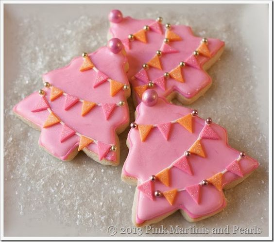 Christmas tree cookies with fondant by the one and only Pink Martinis and pearls.