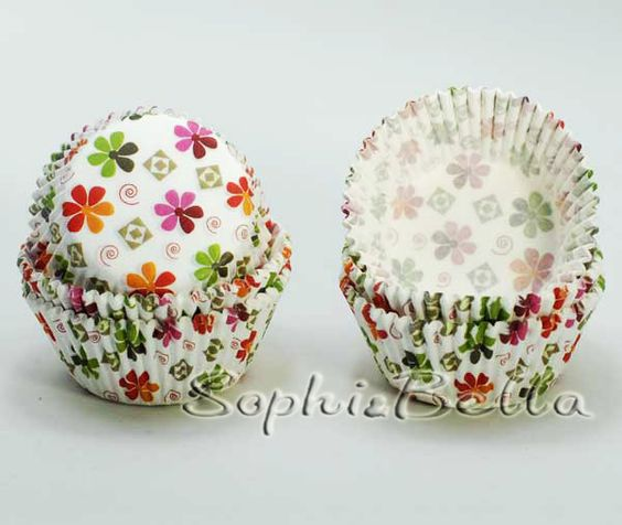 Professional cupcake liners designer and producer, Focus on Cupcake Supplies.