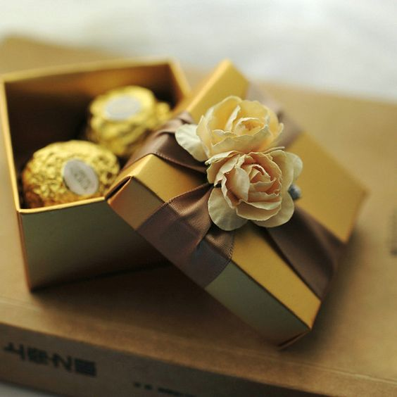 Gold Favor Box with Candy