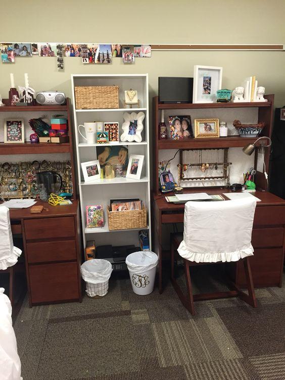 dorm desks with slipcovers mississippi state moseley. Black Bedroom Furniture Sets. Home Design Ideas