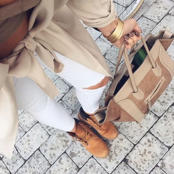 winter outfits details | camel military boots/ white ripped jeans / mocha nails / khaki handbags