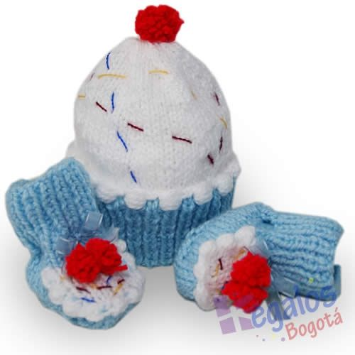 Conjunto tejido para bebé No.5 Gorro y patines para bebe tejidos en dos  agujas