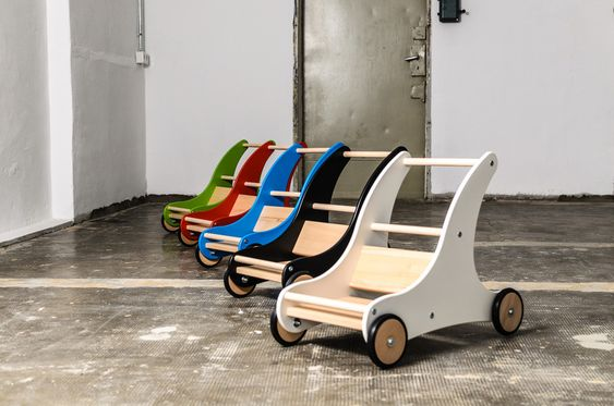 """Puppenwagen - Lauflernwagen """"Sharky"""" Weiß mit Bremssystem - ein Designerstück von Die-Spielzeugbande bei DaWanda"""