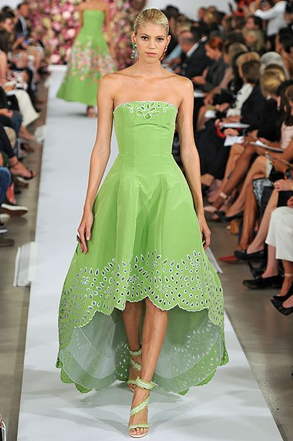 Scalloped Edges The bottoms of dresses, skirts, and tops should be able to have some fun, too. Scalloping adds sophisticated edge to everything from your beachy throw-on to this Oscar De La Renta gown.