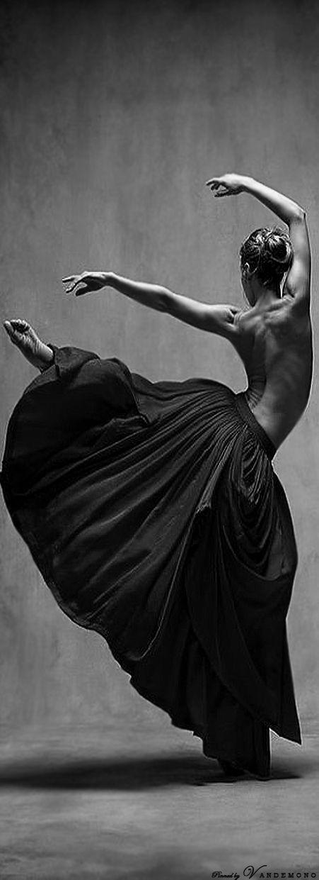 Ashley Ellis , Principal dancer with Boston Ballet Ballet. Bella Figura by Jiří Kylián Dance*