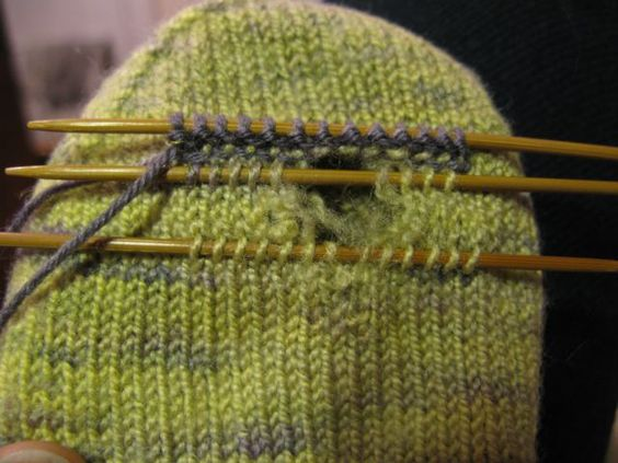 How to Fix Holes in Knit Socks knitting Pinterest Stitches, Knit socks ...