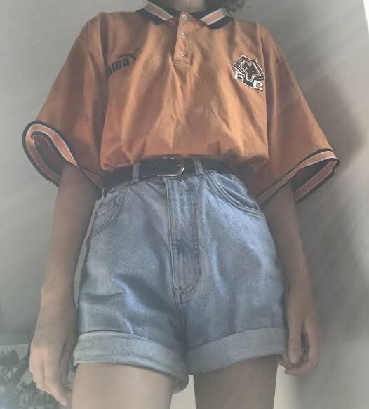 A Lil Aesthetic Clothing 1000 In 2020 Retro Outfits Cute Casual Outfits Aesthetic Clothes