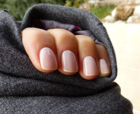 Essie S Allure Kate Middleton Wore It On Her Wedding Day And Favourite Nailpolish Want My Style Pinterest