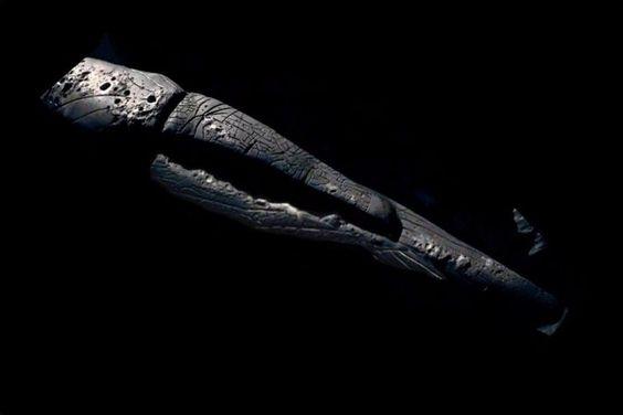 1.5 Miljard jaar oud buitenaards ruimteschip gevonden op maan met buitenaardse lichamen tijdens Apollo 19 & 20 missies