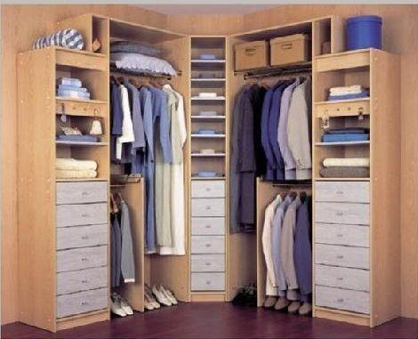 Fotos de vestidores peque os para aprovechar el espacio for Closet para espacios pequenos