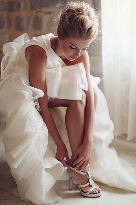 Veja lindas fotos para se inspirar no momento pré-casório. Aquela hora linda em que a ansiedade e o amor tomam conta das noivinhas!