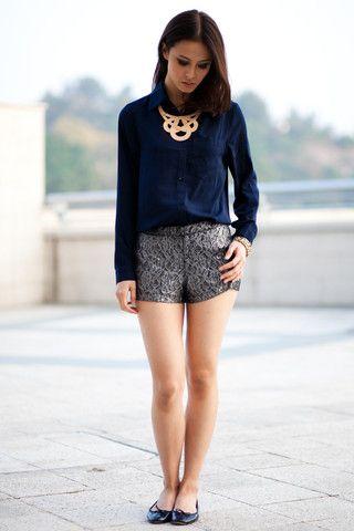 Nude / Navy Blue Silk Collar Shirt