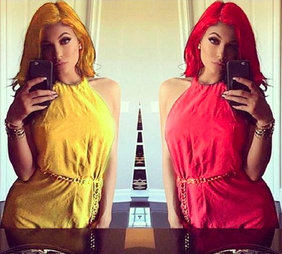 http://www.public.fr/News/Photos/Photos-Kim-Kardashian-jalouse-de-ses-petites-saeurs-802538