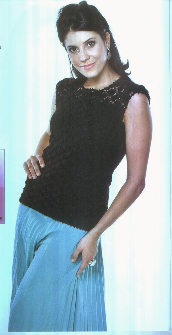 Mania de Tricotar: Blusas de crochê   https://mania-de-tricotar.blogspot.com.br/search/label/Blusas%20de%20croch%C3%AA?updated-max=2014-05-01T13:10:00-03:00&max-results=20&start=25&by-date=false