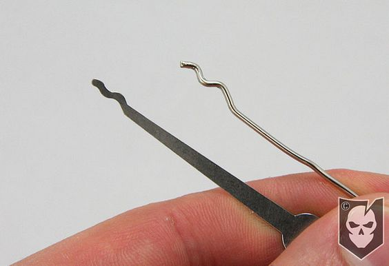 How To Make A Paperclip Lock Pick That Works