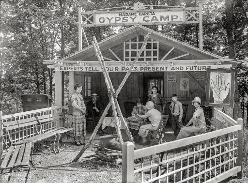 """Montgomery County, Maryland, 1925. """"Fortune teller - Glen Echo Park Co."""" http://j.mp/2ccIPGN National Photo Co."""