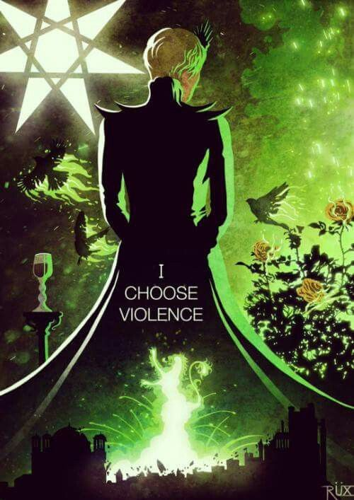 LOVE this Cersei art. She went full Maleficent in the finale. O_o