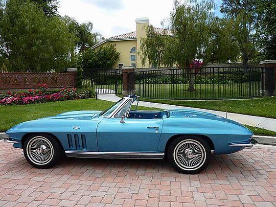 1966 Blue Corvette