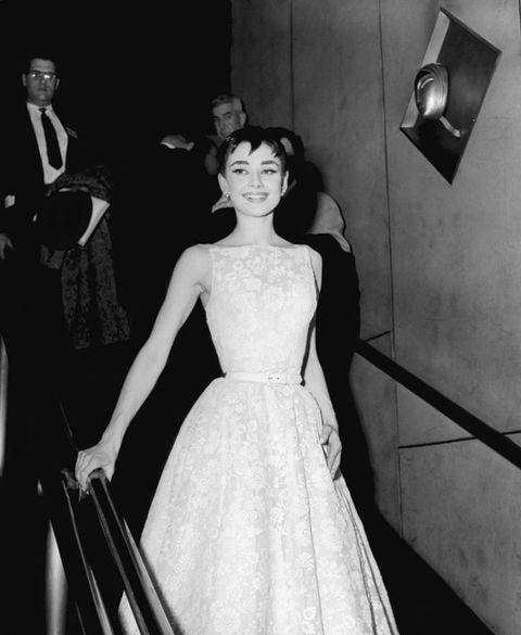 1954-audrey-hepburn-givenchy-oscars-red-carpet-fashion-getty