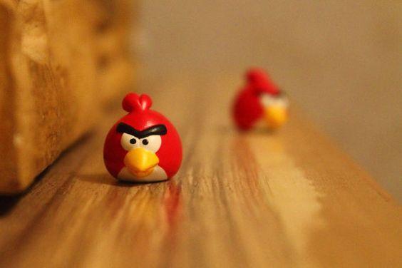 Benutzerdefinierte handgemalt Angry Birds Reifen Ventilkappen Vorbau. Rot. 2 Stk.