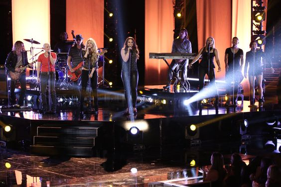 The Voice - Season 6 Shakira performs with her team for the first time