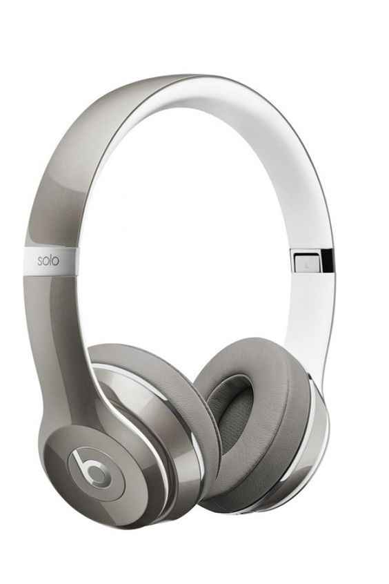 Pour écouter de la musique avec un casque stylé, on opte pour le casque Solo² by Dre et sa version luxe.  Le casque Solo² LUXE EDITION de Beats by Dre, 199.95 euros.