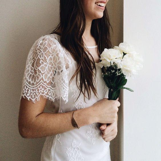 Aryane Neige & Melior 8 nouveautés ! Disponible en 2 couleurs au / Available in 2 colors on www.1861.ca Découvrez notre nouvelle boutique soeur @boudoir1861 / Discover our new bridal boutique #boutique1861 #vintagestyle #ootdmontreal #weddingdress #bridetobe #bridalshower #weddingdress #tulledress #romanticdress #weddinginspiration #mtlmoments #vintagestyle #shabbychic #promdress