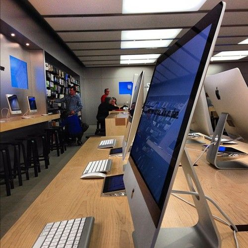 Modern Workspace  :: Apple Store - The New and Thinner iMac 2013