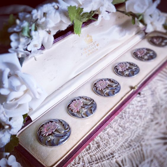 Beautiful silver buttons!