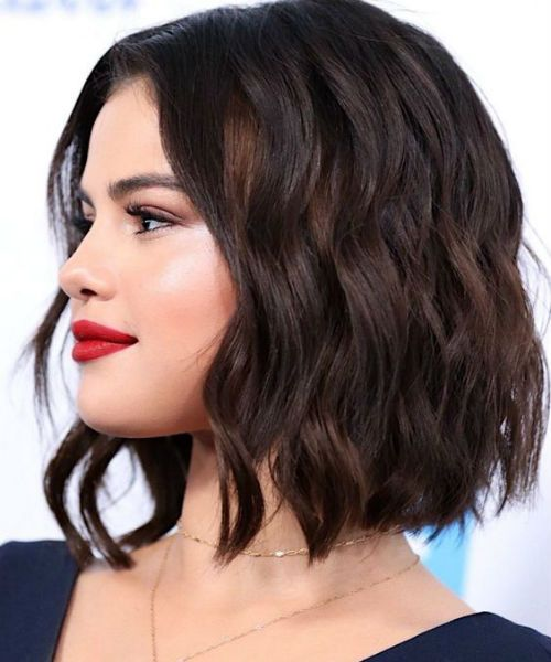 Pretty Selena Gomez Wavy Bob Hairstyles For Women To Try This Year