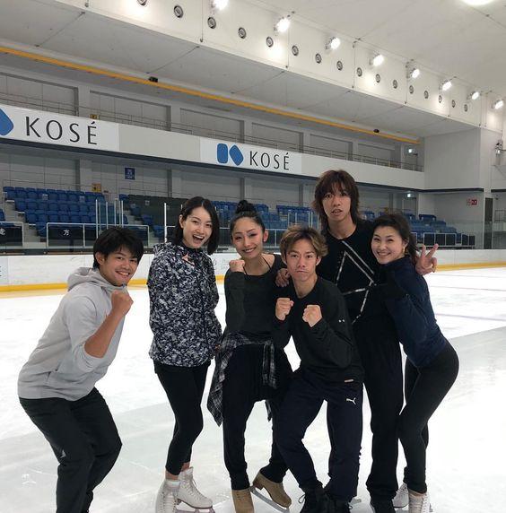 小塚崇彦さんとフィギュアスケートのメンバー
