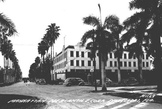 Manhattan Mercantile Corporation building - Everglades City, Florida 1940's