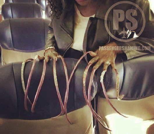 The 15 most strange things that have ever happened during a flight https://kaftipiperia.com/ta-15-pio-paraxena-pragmata-pou-echoun-symvei-pote-kata-ti-diarkeia-ptisis/
