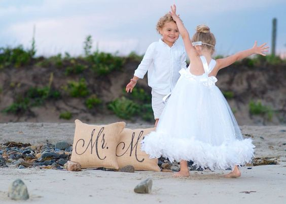 Www.vintagedayz.com #wedding #weddings #pillows #cutompillows #mrandmrs #weddingpresents Photo Credits: Tina Banaitis-Cote