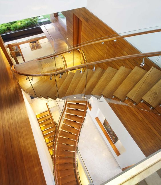 Fluid staircase artistry: Interior Design, House Design, Favorite Places, House Ideas, Dream House, Dream Home, Guz Architects, Garden Houses
