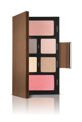 Enlightenment Eye & Cheek Palette by Laura Mercier. I got a similar one to this in Harvey Nichols two weeks ago for €25, with 6 eye shadows, 3 eye liners and two blushers. Amazing value. And they hold so well throughout the day.!