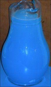 Electric Blue Lemonade  http://my10online.com/2011/06/drink-recipe-electric-blue-lemonade/