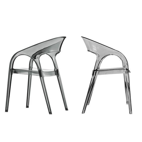 Pedrali Silla Gossip Diseñador: Marco Pocci & Claudio Dondoli. Silla refinada con líneas redondas y suaves. Fabricada completamente en policarbonato.